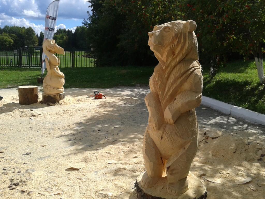 Скульптуры из дерева бензопилой своими руками видео