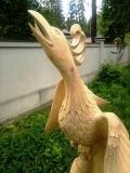 деревянная садовая скульптура сказочная птица | Садовая деревянная скульптура