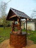 Домик с металлочерепичной крышей | Колодезный домик