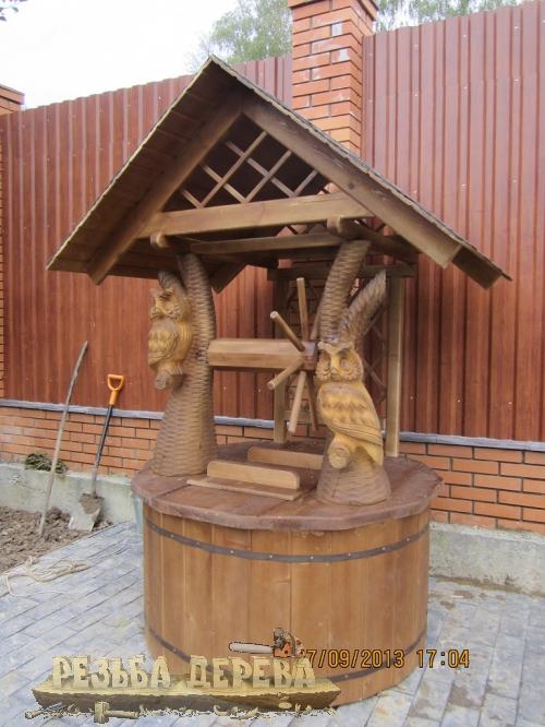 Домик для колодца с совами