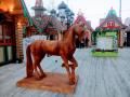 Резная скульптура коня. | Фестивальная площадка на Святоозерской улице. Москва, Косино-Ухтомское.