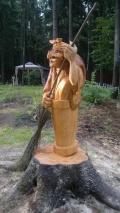 Деревянная садовая скульптура баба яга | Садовая деревянная скульптура