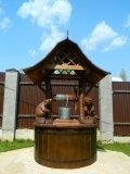 Домик с бобрами и крышей в стиле ПАГОДА | Домик для колодца