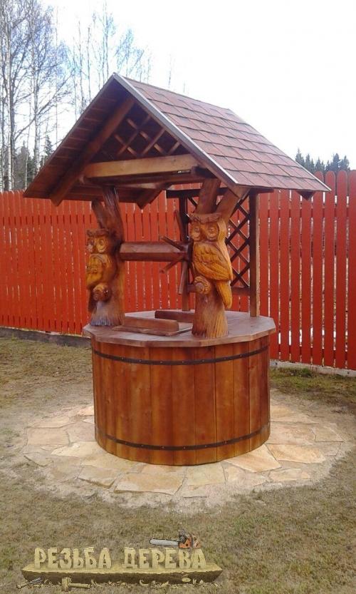 Колодезный домик с умными совами