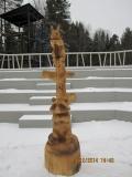 Деревянная скульптурная композиция в Зеленограде | Вольерный комплекс в Крюковском лесопарке Зеленограда