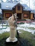 Деревянная садовая скульптура на корню бабка ёжка | Садовая деревянная скульптура