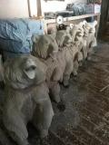 Медвежатник | Садовая деревянная скульптура