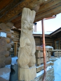 Медведь, как опорный столб | Садовая деревянная скульптура