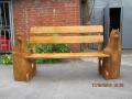 Резная скамеечка с деревянными скульптурами | Мебель для парка, дачи и сада из дерева
