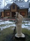 Баба Яга в ступе - скульптура из дерева | Бабки Ёжки
