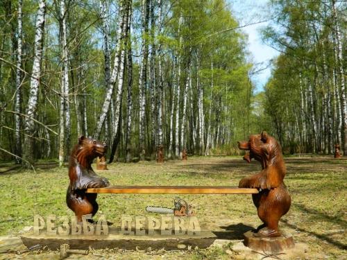 Аллея деревянных скульптур