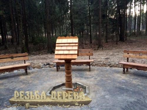 Кормушка в Крюковском лесопарке