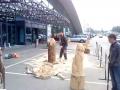 Площадка для производства боевых львов | Резьба бензопилой - фестивали, запиловки