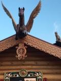 Деревянные скульптуры на коньке | Пегас