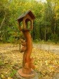 Кормушка с белками в парке Измайлово | Измайловский парк