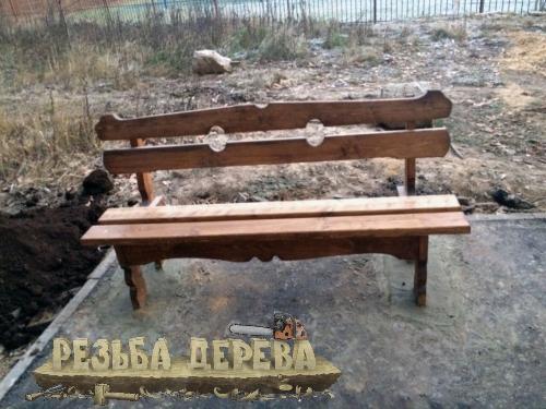 Скамейка в Крюковском лесопарке
