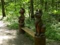Скамейка со скульптурами в Лосиноостровском парке  | Парк «Лосиный остров»