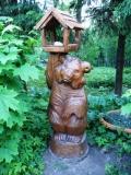 садовая фигура из дерева медведь кормушка | Садовая деревянная скульптура